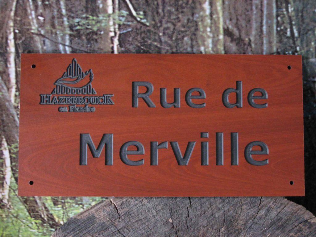 plaque de rue gravé en bois hazebrouck