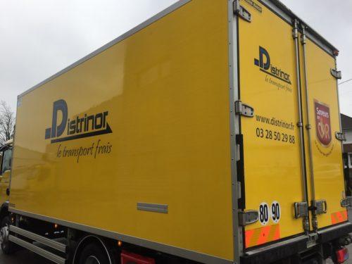lettrage camion poids lourds Distrinor