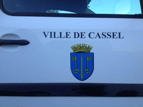 Lettrage véhicule mairie de Cassel